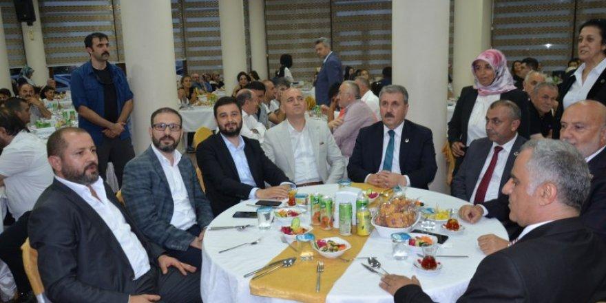 Büyük Birlik Partisi (BBP) Genel Başkanı Mustafa Destici Kağıthane'