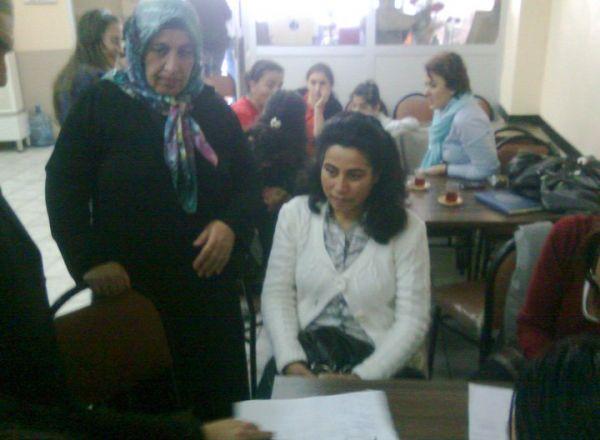 CHP İstanbul Kadın Kolları Göz Taraması 3