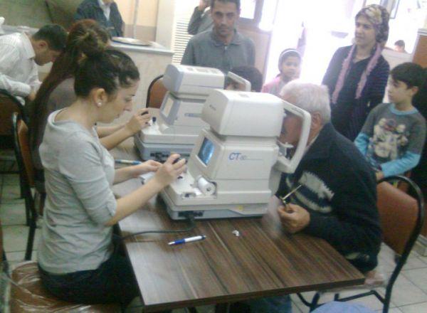 CHP İstanbul Kadın Kolları Göz Taraması 9