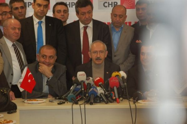 CHP 2 Bölge Seçim Koordinasyon Merkezi açılışı 60