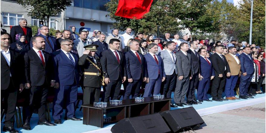 Sultangazi'de 29 Ekim Coşkusu