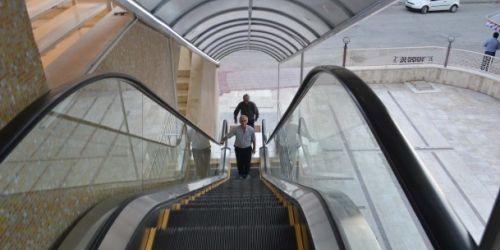 Merdivenler 15 dakika yürümeyecek