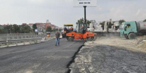Kumburgaz'da asfalt çalışmaları devam ediyor