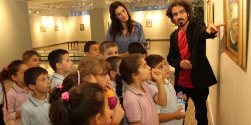 8 Bilgi evi, 40 bin öğrenci