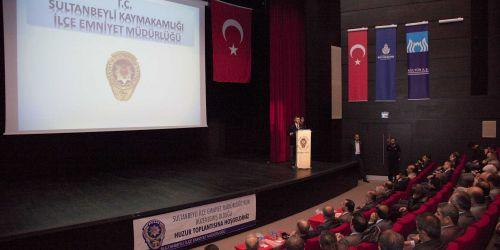 Sultanbeyli'de Emniyet Teşkilatı bir yılı değerlendirdi