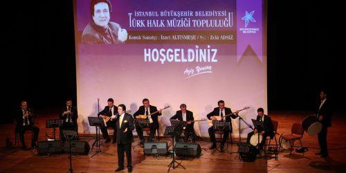 İzzet Altınmeşe`den türküler