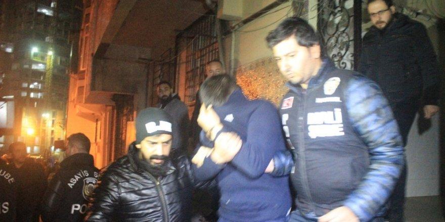 İstanbul Merkezli Yılbaşı Öncesi Dev 'Sahte İçki' Operasyonu: 200 Ton Sahte İçki Ele Geçirildi