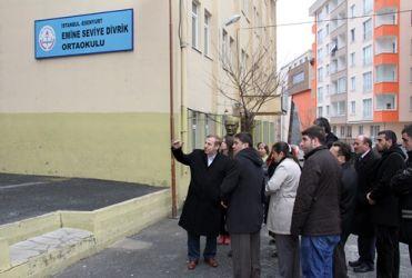 Kadıoğlu, okul ziyaretinde