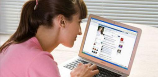 Facebook'tan sıkıldık