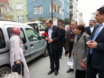 Sultangazi'de CHP'li kadınlar yollara düştü