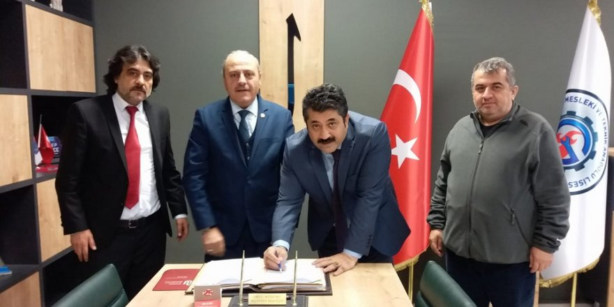 """Ömer Osmanoğlu,"""" , 1 gün okul 4 gün iş"""""""