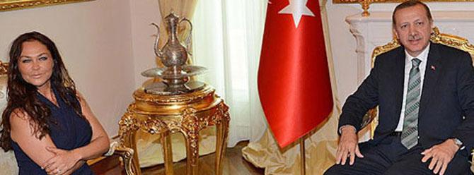 Başbakan Hülya Avşar ile görüşüyor