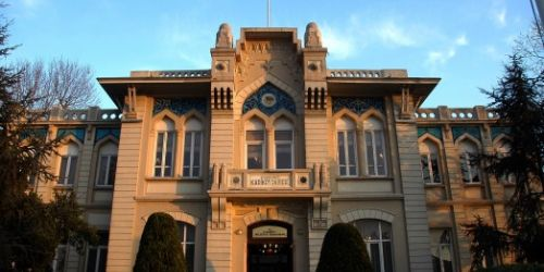 Tarihi Şehremaneti binası kent kütüphanesi oluyor