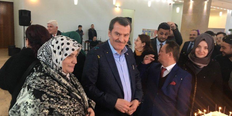 Cumhurbaşkanı Erdoğan'ın Manevi Oğlu İbo'ya Bakan Soylu'dan Doğum Günü Sürprizi