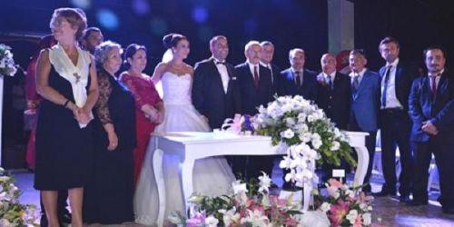Sarıyer'de Kılıçdaroğlu Nikah Şahitliği Yaptı