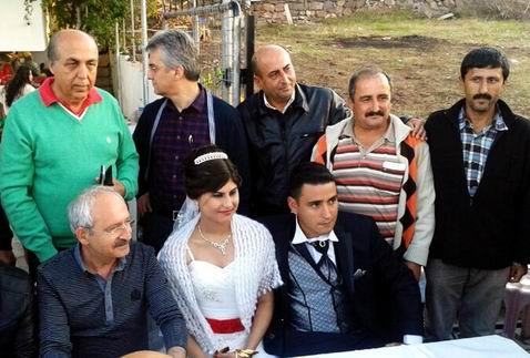 CHP lideri Kılıçdaroğlu'ndan Bodrum'da kahvehaneye sürpriz ziyaret