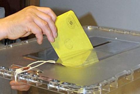Siyasetçiler 36 dilde oy isteyebilecek