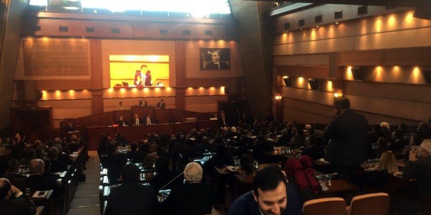 """Göksu: """"Yeşim Meltem Şişli'nin  Büyükşehir Belediyesi İçin Bir Yük """""""