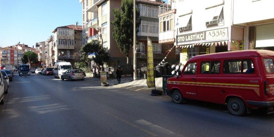 Maltepe'de Lastik Hırsızlığı