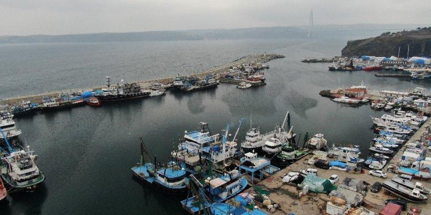 19 Yaşındaki Balıkçı Karadeniz'de Kayboldu