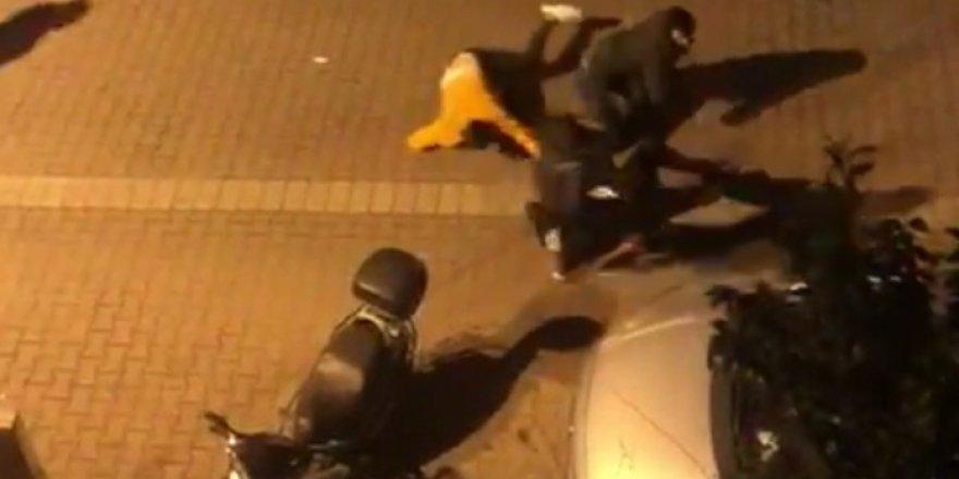 Avcılar'da Sopalı, Sandalyeli Kavga