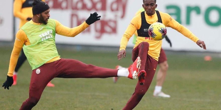 Galatasaray'da Derbi Hazırlıkları Sürüyor