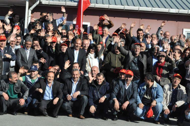 Başkan 1 Mayıs'ı emekçilerle kutladı