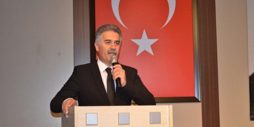 Kâğıthane Hacı Bektaş Veli Eğitim ve Kültür Derneğinden Deprem Paneli