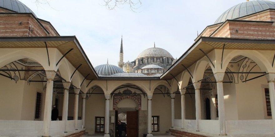 Damat İbrahim Paşa Camii Açıldı