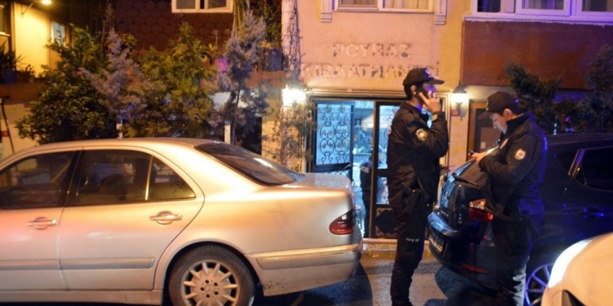 Beyoğlu'nda Çay Ocağına Silahlı Saldırı
