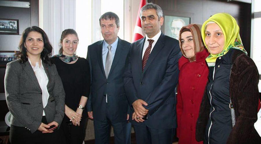 Salih Bayraktar ilçe başkanlığını devraldı