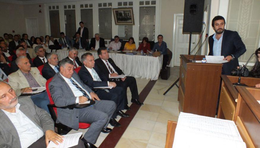 AK Parti'li Coşgun 6 milyonu sordu