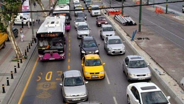 Hem taksi hem minibüse zam çalışanlar isyan etti !