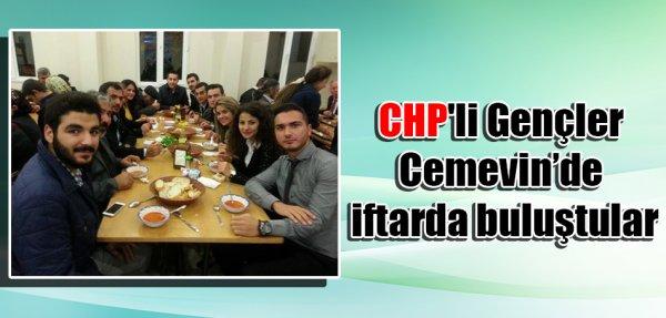 CHP'li Gençler Cem evinde iftarda buluştular