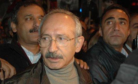 Kılıçdaroğlu Kadıköy'de Yürüdü...