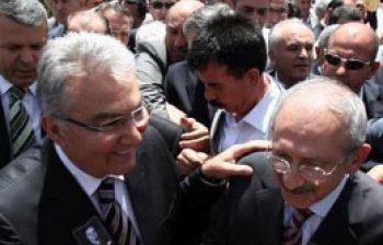 Kılıçdaroğlu'dan Baykal'a davet yok!