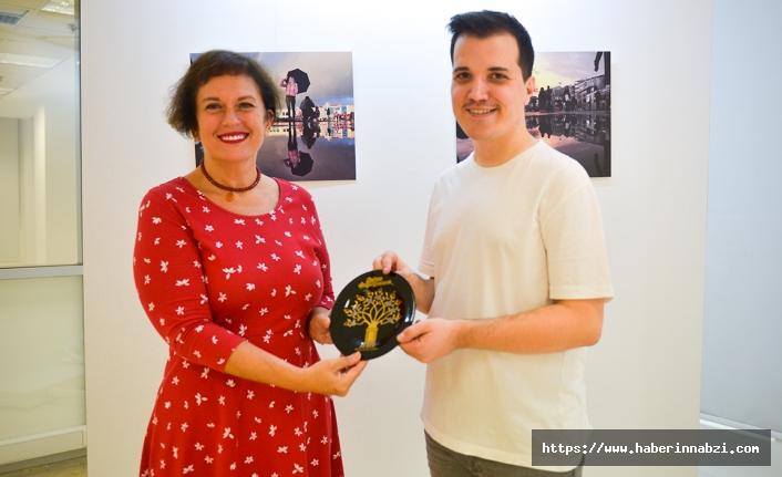 """""""Derin Düşünceler"""" sergisi Maltepe'de açıldı"""
