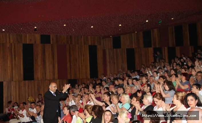 Bakırköy Belediyesi İstanbul Tiyatro Festivali'nde