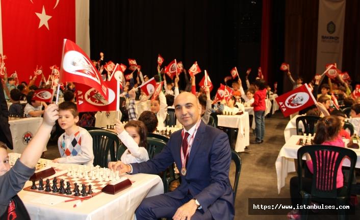 Bakırköy'de cumhuriyet ve atatürk kupası satranç turnuvası