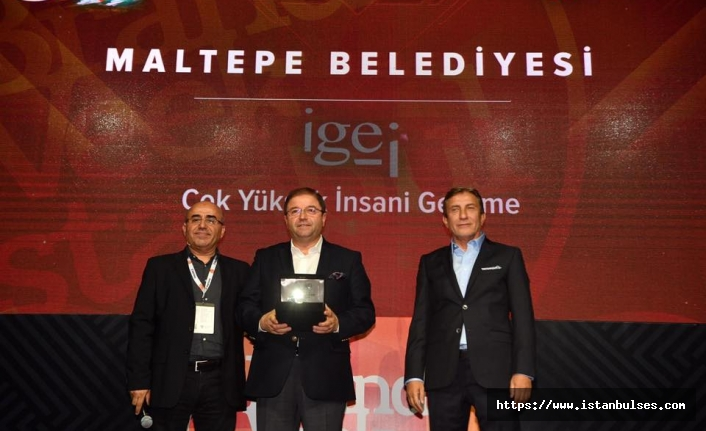 """Maltepe'ye """"İnsani Gelişim"""" ödülü"""