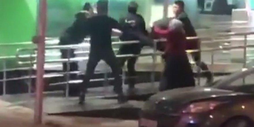 Üsküdar'da ATM sırasında kavga