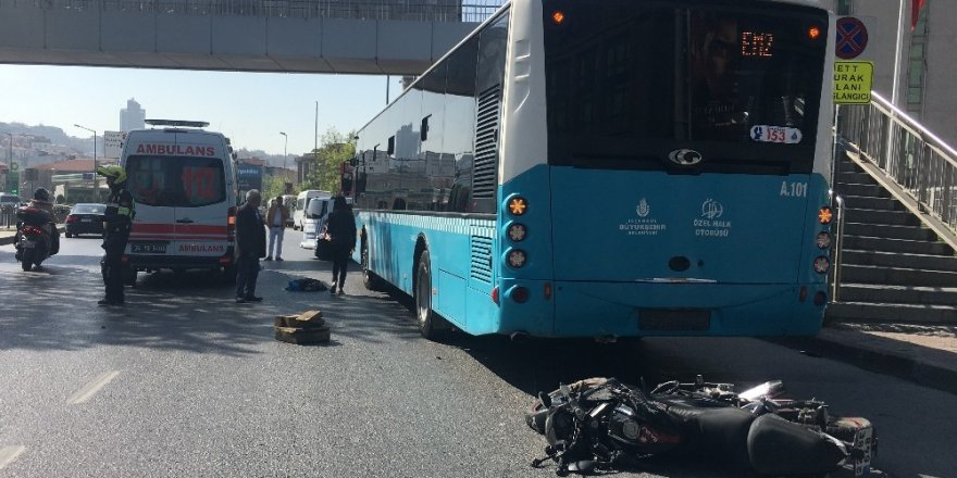 Beyoğlu Piyalepaşa Bulvarı'nda feci kaza