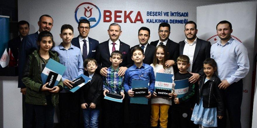 BEKA Derneği çocuklara kodlama eğitimi veriyor
