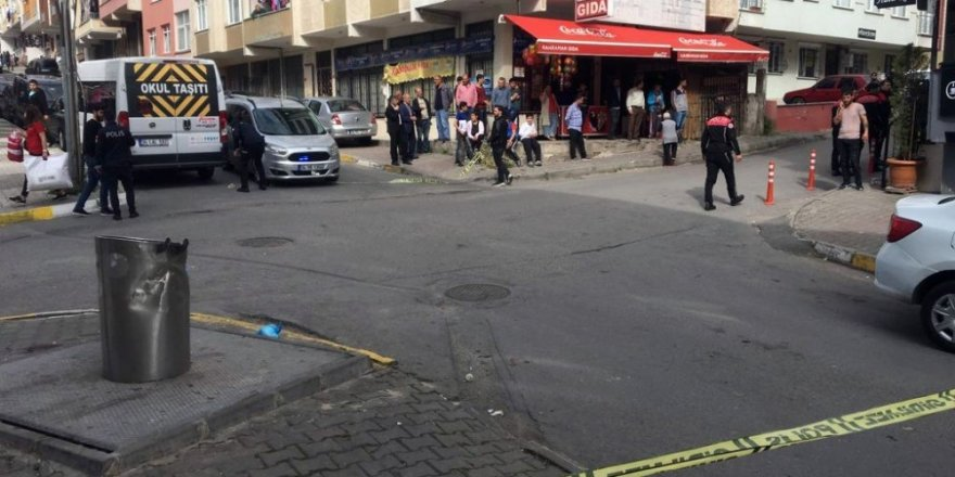 Silahlı çatışmanın ortasında kalan kadın sırtından vuruldu