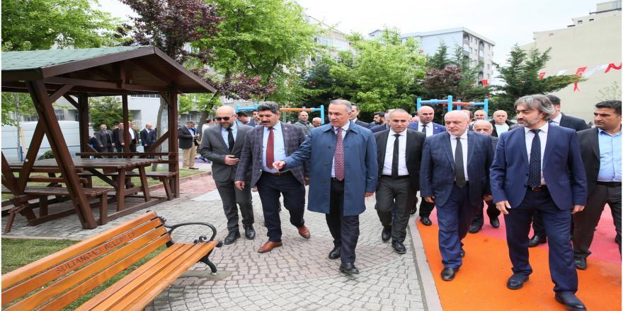 Sultangazi Belediyesi Ağaçlandırma Çalışmalarına Tüm Hızıyla Devam Ediyor
