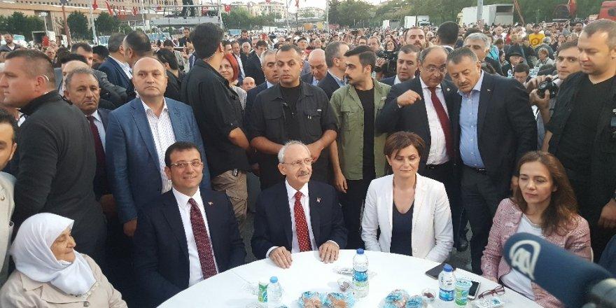 """Kılıçdaroğlu: """"İmamoğlu, Cumhuriyet Halk Partisi'nin adayı olmaktan çıktı"""""""