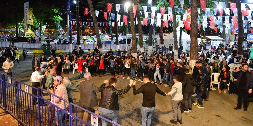 Sarıyerliler, Sivas Dernek Gecesi'nde buluştu