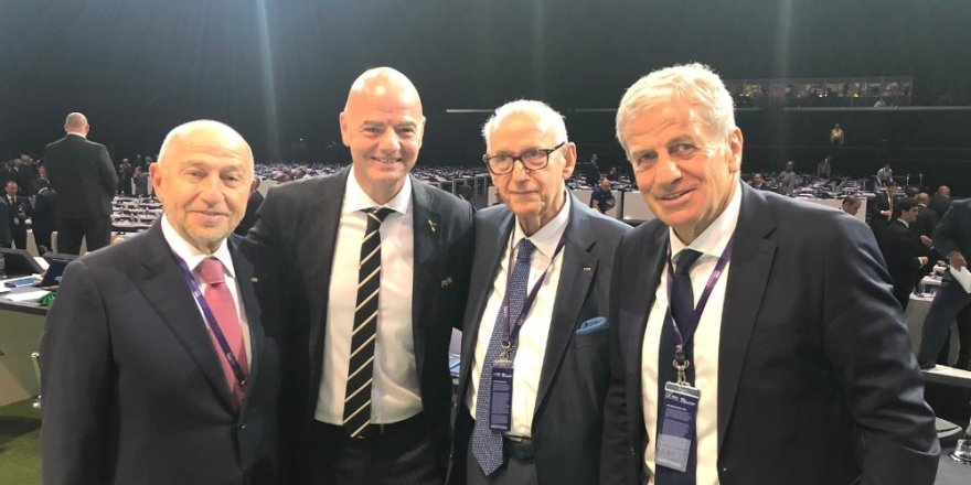 FIFA'da Gianni Infantino yeniden başkan