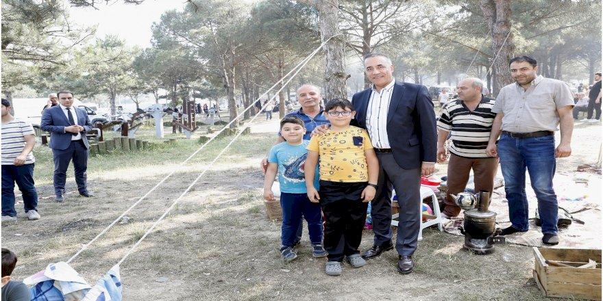 Sultangazi Şehir Ormanları'da Piknik Keyfi