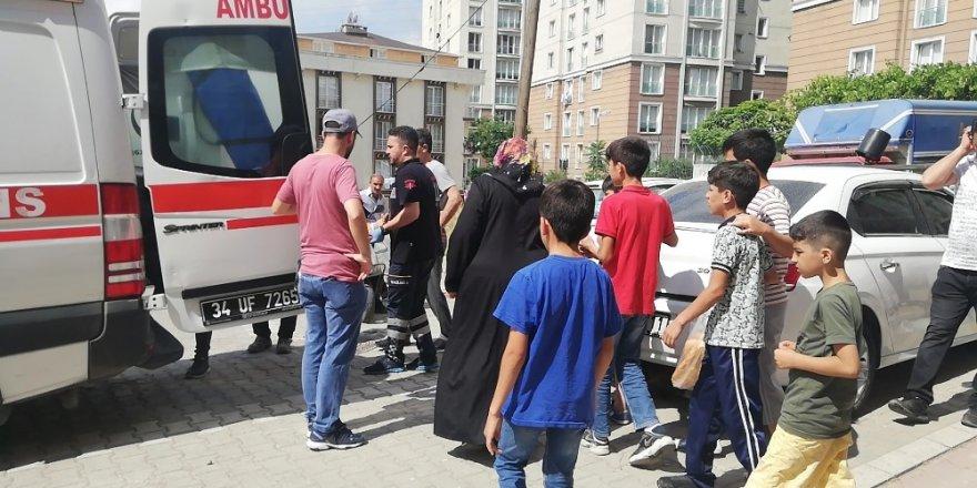Esenyurt'ta 6 yaşındaki kız, 2. kattan düştü